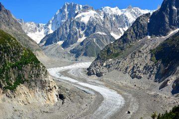 Emmanuel Macron : la fonte du glacier du Mont Blanc est une preuve du réchauffement climatique