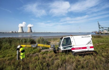 La Belgique expérimente un «aspirateur» géant pour retirer le plastique d'une réserve naturelle