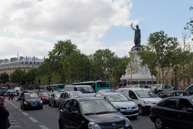 La vignette anti-pollution entre en vigueur à Paris