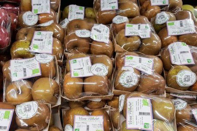 La France interdit les emballages plastiques pour les fruits et légumes