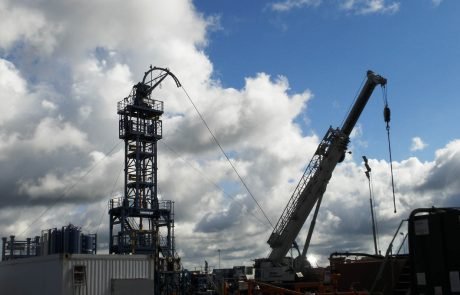Le Royaume-Uni suspend l'extraction du gaz de schiste par fracturation hydraulique