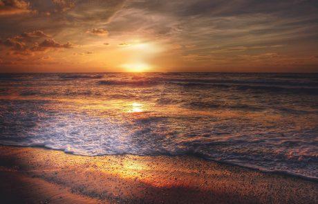 Greenpeace empêche l'installation d'une plateforme pétrolière en mer du Nord