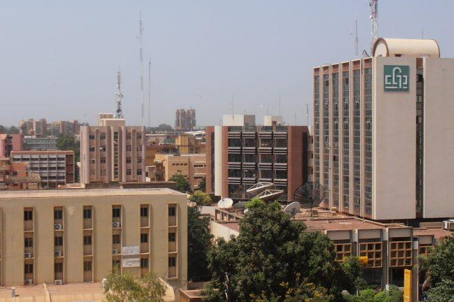 Burkina Faso : ouverture d'une salle de cinéma solaire
